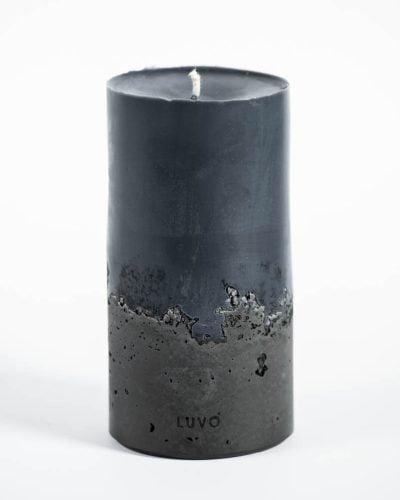 ozdobna świeca w kolorze czarnym